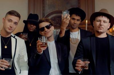 Kid de Blits – Sinds Nu (ft. Def Major, Ronnie Flex, Jonna Fraser, MaxiMilli & Mafe)
